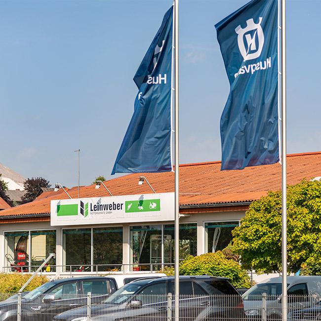 Verkaufsraum und Werkstatt von Leinweber Motorgeräte GmbH in Neuhof-Dorfborn